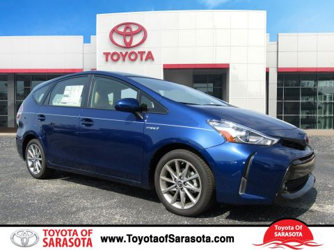 New 2017 Toyota Prius v Five With Navigation