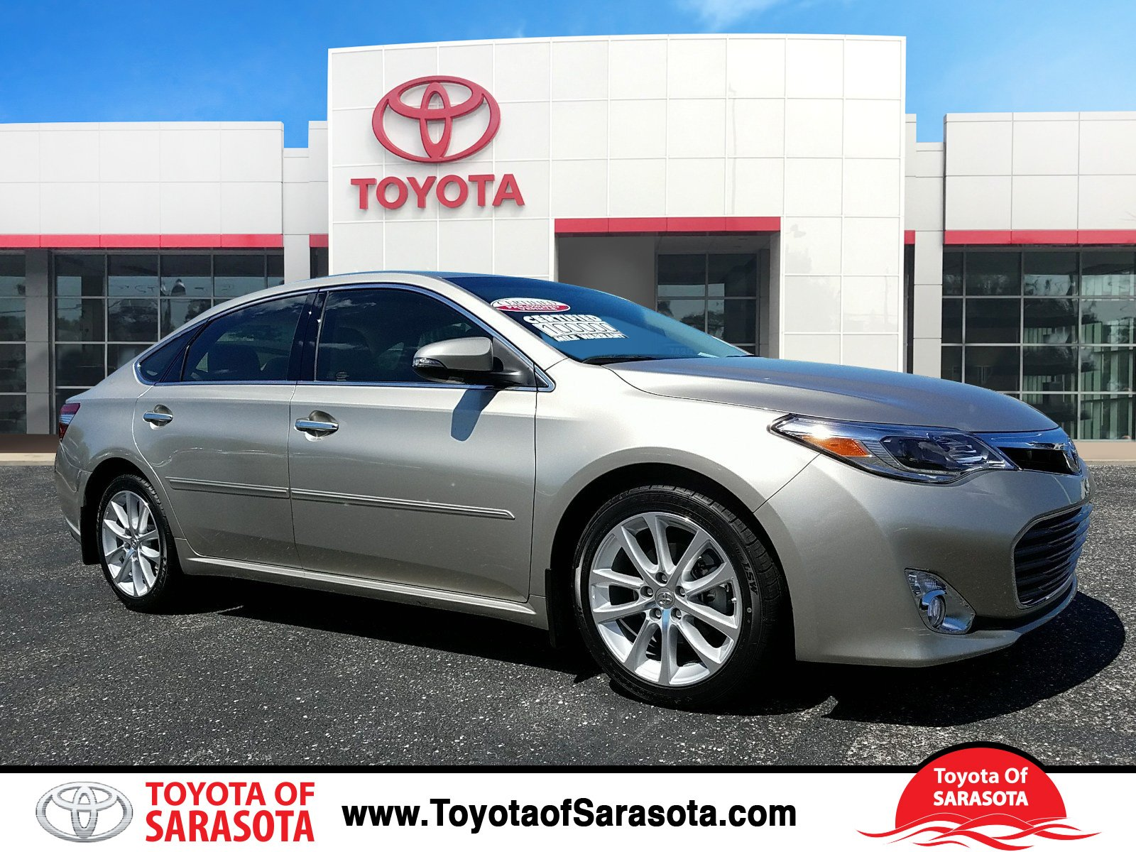 Certified Pre Owned 2013 Toyota Avalon Limited 4dr Car In .